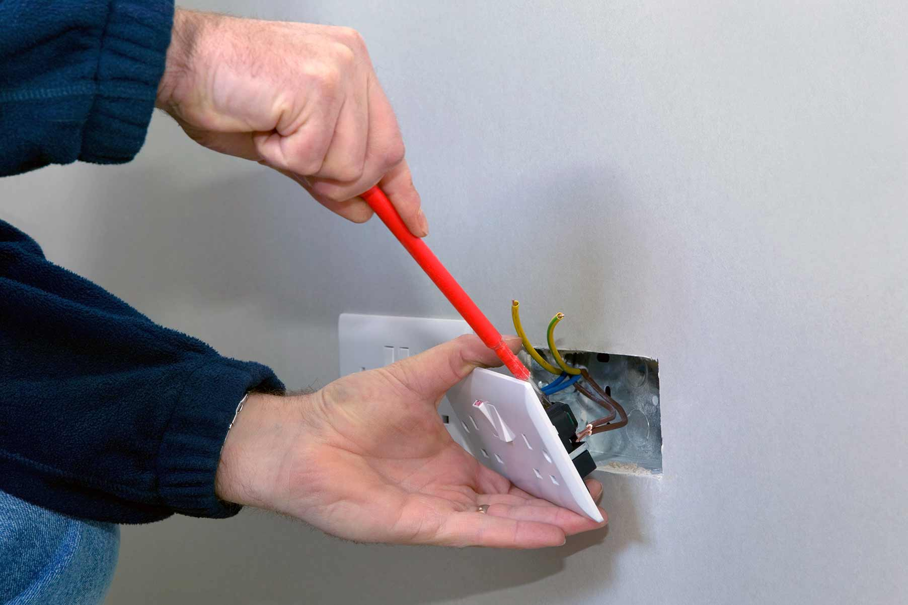 Our electricians can install plug sockets for domestic and commercial proeprties in Upminster and the local area.